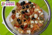 Insalata di quinoa in versione mediterranea